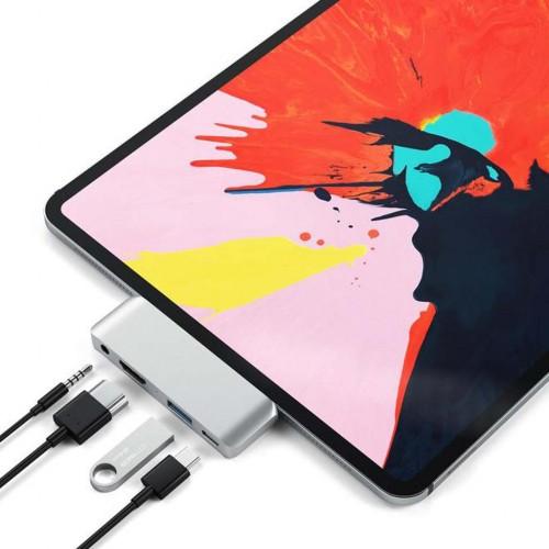 USB-C Mobile Pro Hub